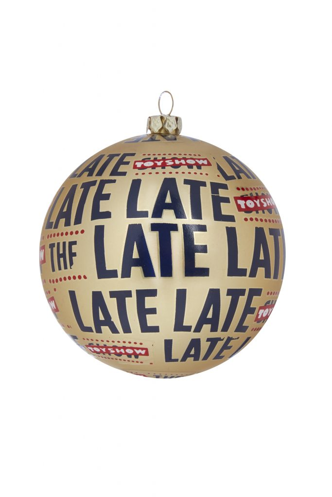 late late show christmas decoration