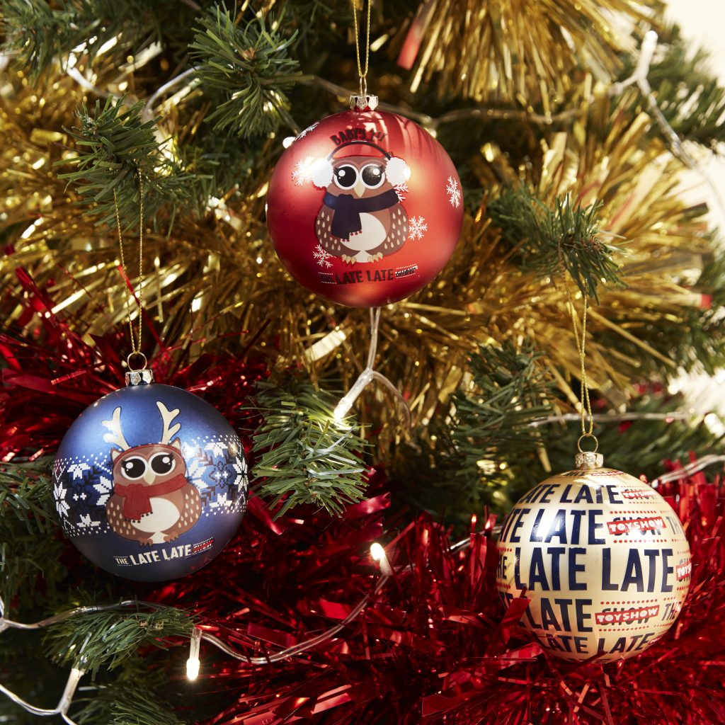 late late show baubles