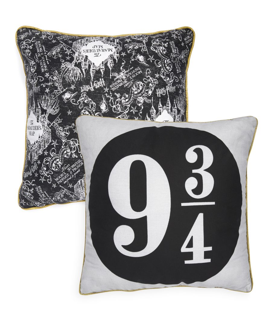 Platform nine and three quarters cushion