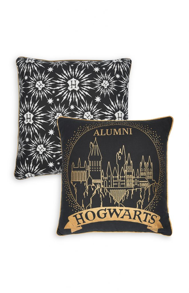 Hogwarts alumni cushion