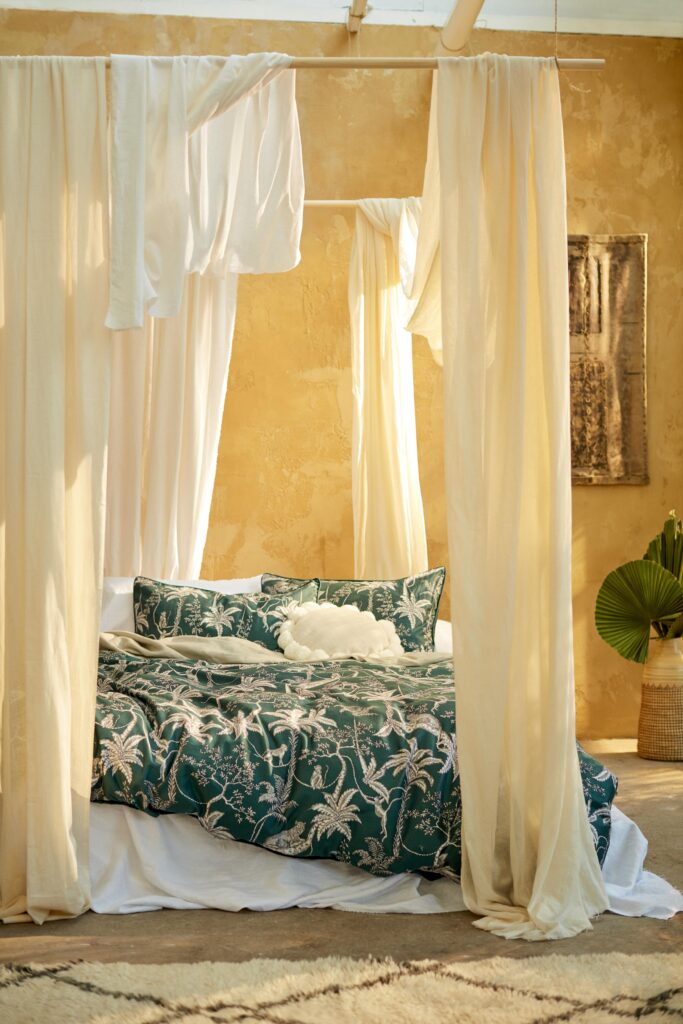 Bed linen with palm trees from Primark