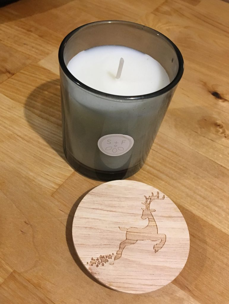 Christmas tree scent candle