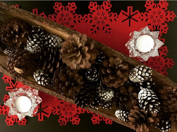 christmas centrepiece for coffee table